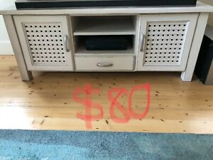 Moving House Furniture Sale
