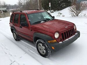 2006 JEEP LIBERTY ** Mint Condition 4X4 PNEUS D'HIVER