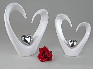 Wunderschönes Deko Herz Skulptur Liebe aus Keramik weiß Höhe 25 cm