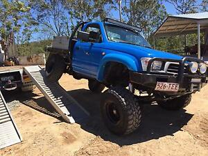 Hilux twin locked and yz250 Kippa-ring Redcliffe Area Preview