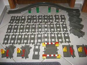 Lego Duplo Eisenbahn Set Schienen Brücke Bahnübergang Weichen Geraden Kurven