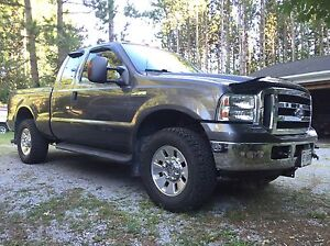 2006 Ford F-250 XLT 4x4 with 8' Arctic HD plow Peterborough Peterborough Area image 3