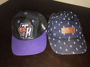 Kids / teenage hats 1994 vintage raptors + camper