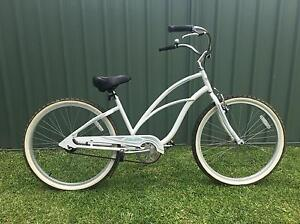 """Electra """"Cruiser"""" Bike excellent condition Warners Bay Lake Macquarie Area Preview"""