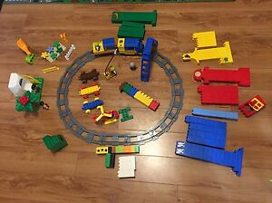 Lego train set with batteries included, dinosaur set included Oakville / Halton Region Toronto (GTA) image 1