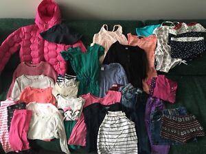 Lot vêtements fillette 4-6 ans