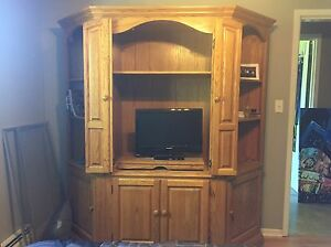Solid Oak 3-Piece Armoire