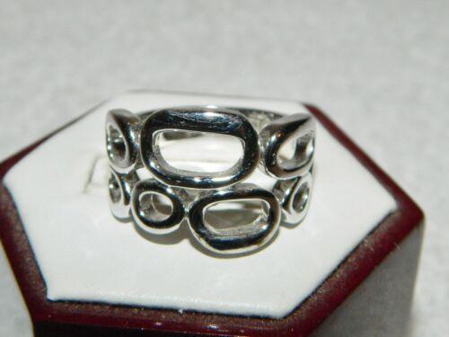 Lia Sophia Silvertone Ovals Circles Costume Fashion Ring Size 9.75