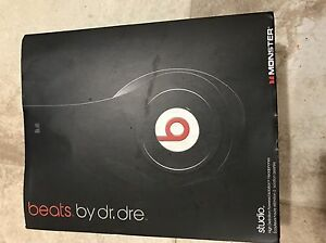 beats by dre headphones and bluedio headphones  West Island Greater Montréal image 3