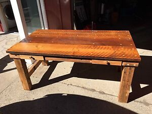 Rustic custom built barn board table Sarnia Sarnia Area image 1