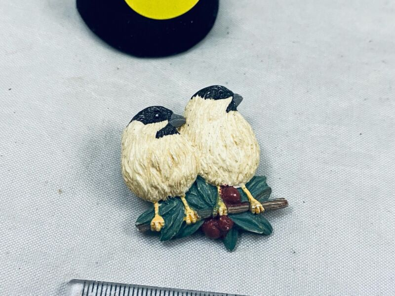 VTG. ARTISAN CREAM & RED ENAMEL TWO CHICKADESS BIRDS ON A BRANCH BROOCH