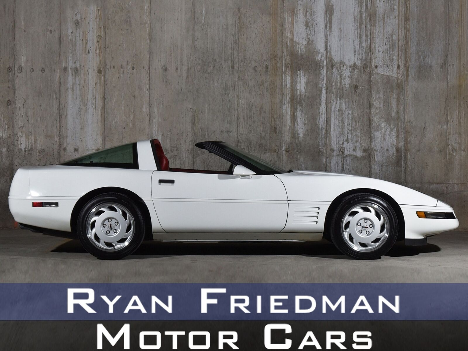 1992 White Chevrolet Corvette   | C4 Corvette Photo 1
