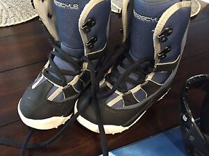 Burton Freestyle Youth Snowboard Boots- Great Gift!
