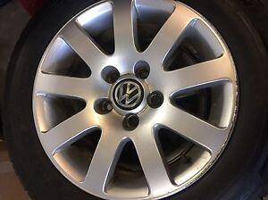 Volkswagen rims with winter tires - 195/65/15