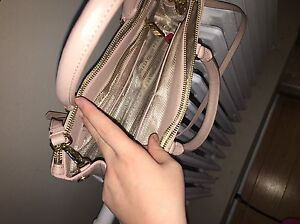 Prada (fake) Handbag London Ontario image 8