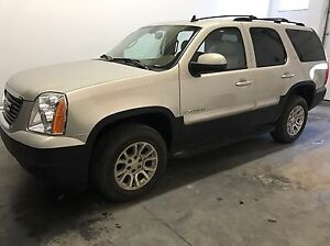 2007 GMC Yukon slt--Nav / 128km -Trades possible