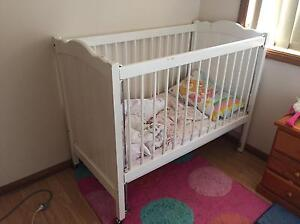 Old style cot Campbelltown Campbelltown Area Preview