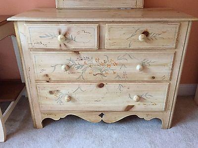 Ethan Allen Hand Painted Complete Cottage Bedroom Set - 7 Pieces - Gorgeous Set