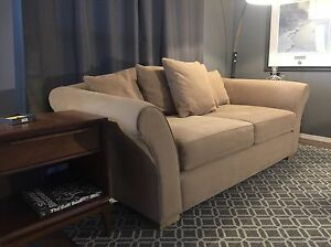Restoration hardware kijiji free classifieds in calgary for Sofa bed kijiji calgary
