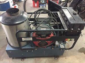 Machine à pression eau chaude Echange possible Saguenay Saguenay-Lac-Saint-Jean image 1