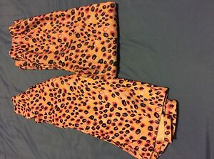 NWOT 2 pairs of girls pajamas never worn size 7/8
