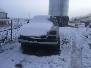 2004 Chevy 1500 4x4 truck  Edmonton Edmonton Area image 3