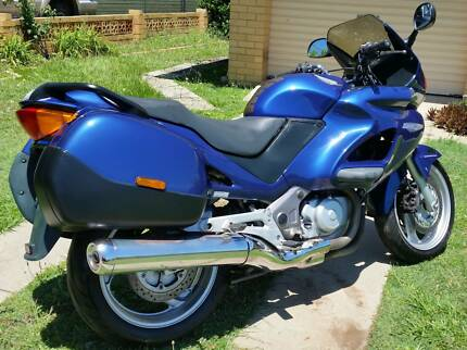 Honda NT650V Deauville *Low Kms!* One lady owner. Free cover!