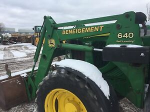John Deere 6000 series loader 640 + Bucket