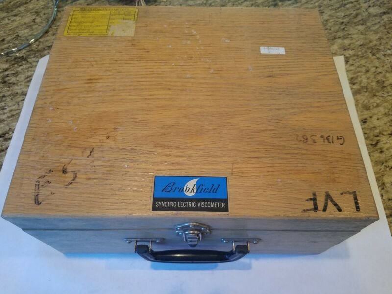 """BROOKFIELD LVF LVT LV DIAL SYNCHRO-LECTRIC WOODEN VISCOMETER CASE 15""""X12""""X7"""""""