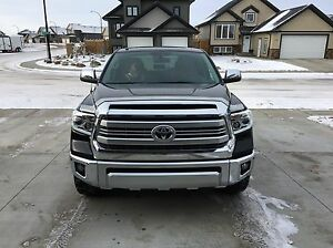 2014 Toyota PLATINUM Tundra 1794 LOW KMS