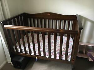 Boori country collection cot and change table Aberglasslyn Maitland Area Preview