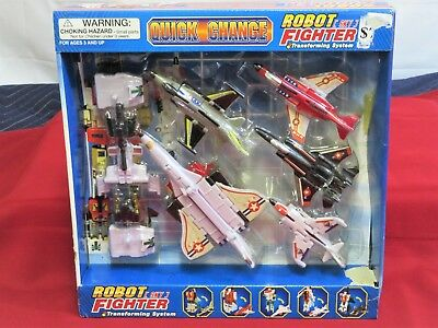 Brand New in Box Quick Change Robot Sky Fighter Jets Transforming System ()
