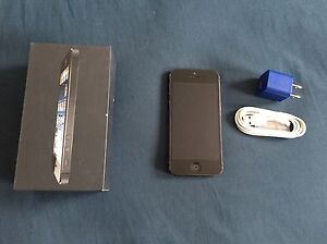 iPhone 5s 16gb Stratford Kitchener Area image 1