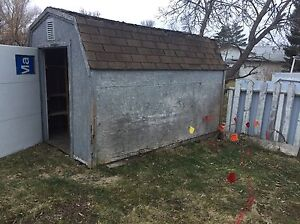 Free wood shed