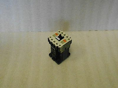 Fuji Electric 4GC0H0 Contactor, SC-5-1/G, DC24V, Used, Warranty