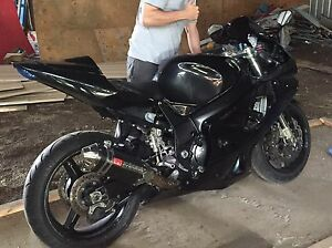 02 GSX-R with rebuilt 06 750  Trades considered