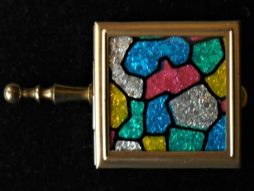 VINTAGE COLORFUL HINGED SNUFF OR PILL BOX WITH HANDLE