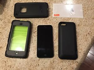 16 gig iPhone 5 & accessories