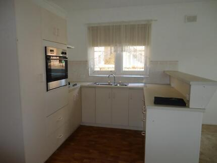 AVAILABLE IMMEDIATELY Fulham Gardens Charles Sturt Area Preview