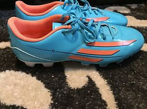 Women's Adidas Soccer Cleats size 9.5