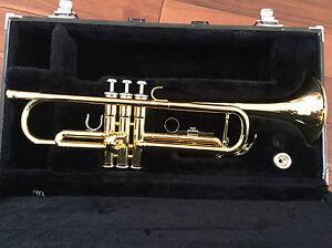 Yamaha YTR 2335 Trumpet - excellent condition