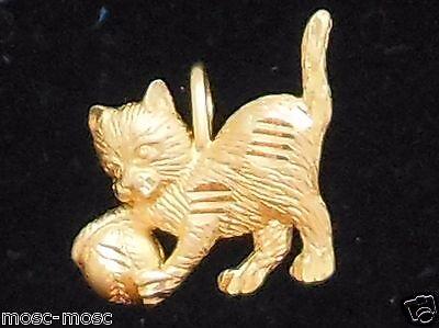 NEW  Vintage 14K Yellow Gold Diamond Cut Cat Charm Pendent 1.1gr