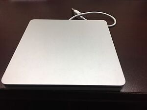DVD CD SUPERDRIVE FROM APPLE - LIKE NEW CONDITION