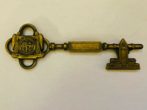 KEY TO THE CITY - LOS ANGELES CA - PRESENTED TO JOEY ADAMS BY MAYOR POULSON 1960