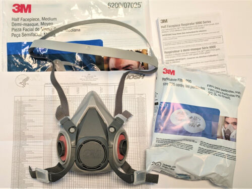 3M Half Facepiece Reusable Respirator 6200 Size Medium WITH FILTERS included
