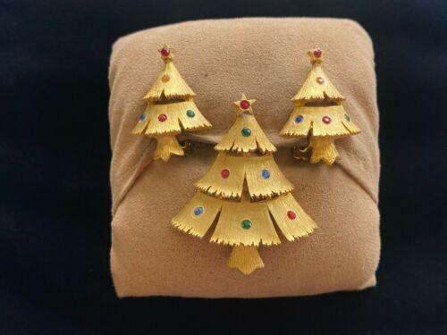 Vintage JJ Brushed Goldtone Rhinestone Christmas Tree Brooch & Clip Earrings Set