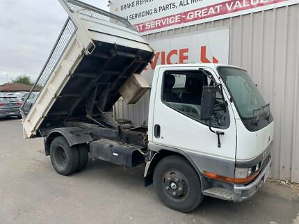 2000 MITSUBISHI CANTER TIPPER TRUCK! HOW HANDY? Horsham Horsham Area Preview