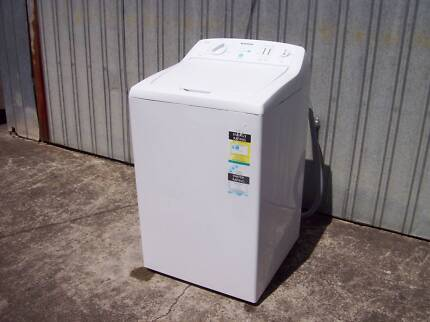 Washing machine simpson latest model 5 / 5 kg capacity as new