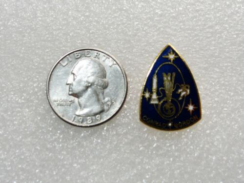 Official NASA SPACE Exploration MISSION Hat / Lapel Pin GEMINI 11 Conrad Gordon