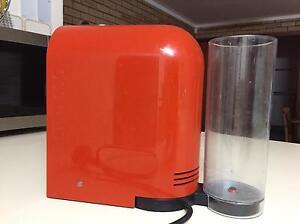 Nespresso U (model EN110.0) Stirling Stirling Area Preview